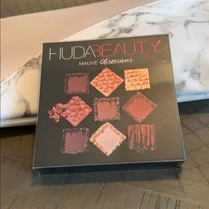 HUDA BEAUTY Makeup - HUDA BEAUTY Mauve Obsessions Palette